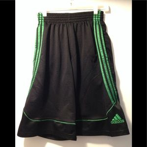 Adidas basketball shorts Mens small